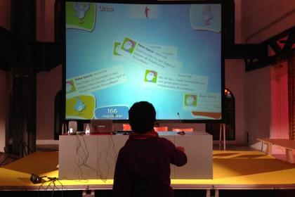 FOTO de la presentación del Proyecto en la cuarta edición del Certamen Internacional de Videojuegos Independientes (hóPLAY)