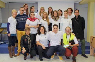 PIE-DE-FOTO--Integrantes-de-la-Comisión-de-Jóvenes-del-COEGI,-junto-a-la-Presidenta-del-Colegio,-Pilar-Lecuona.-grupojovenescoegi_1_original