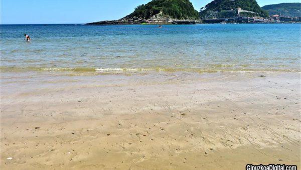 Las-piedras-de-la-playa-de-Ondarreta-800-Foto-GipuzkoaDigital.com-©-542