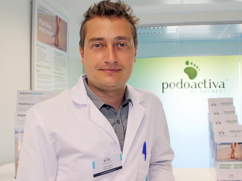fotografía del podólogo de la Unidad del Pie de Policlínica Gipuzkoa y Podoactiva, Javier Alfaro