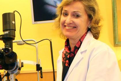 FOTO: En la imagen, la Dra. Mercedes Zabaleta, oftalmóloga de Policlínica Gipuzkoa.