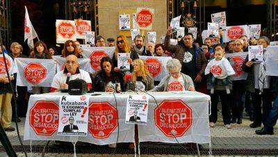 foto STOP DESAHUCIOS DE GIPUZKOA