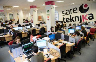Sareteknika-Call-Center