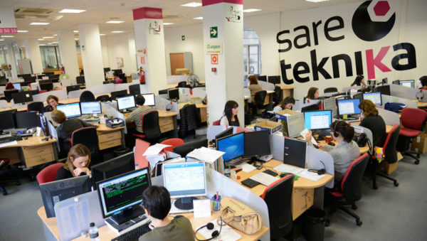 Sareteknika-Call-Center