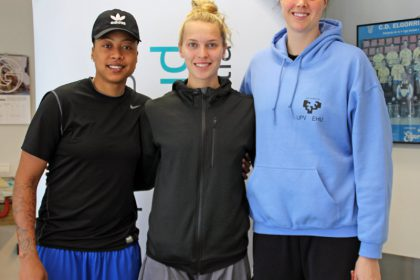 Lyndra Weaver, Ellen Nystrom y Vicky Mcintyre (de izda a dcha en la foto IDK Gipuzkoa