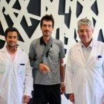 El ciclista Mikel Azparren recibe el alta hospitalaria en Policlínica Gipuzkoa