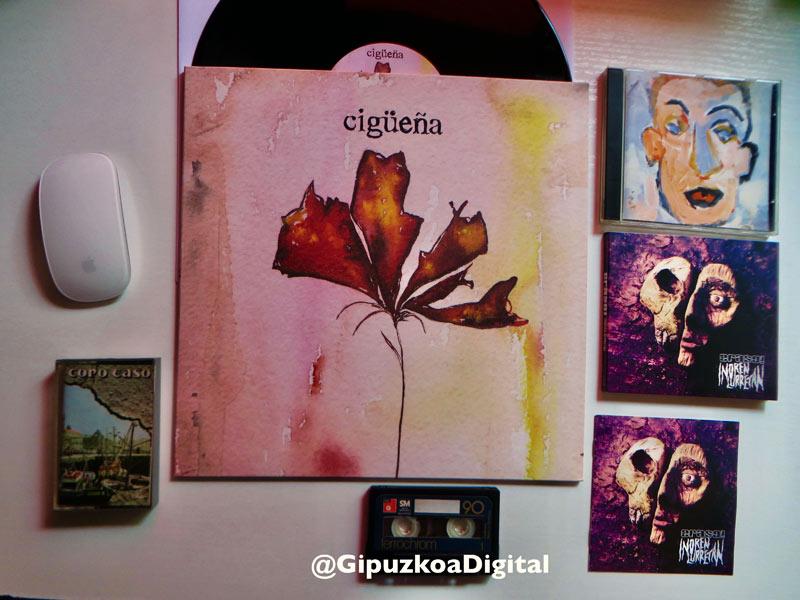 """""""Cigueña"""" mis discos y cintas estando confinados"""