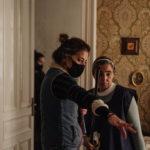 Maider Oleaga eta Maria Isabel Diaz (aktorea) dituzue irudietan.