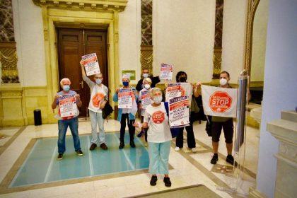 Rosa García Stop Desahucios FOTO https://GipuzkoaDigital.com