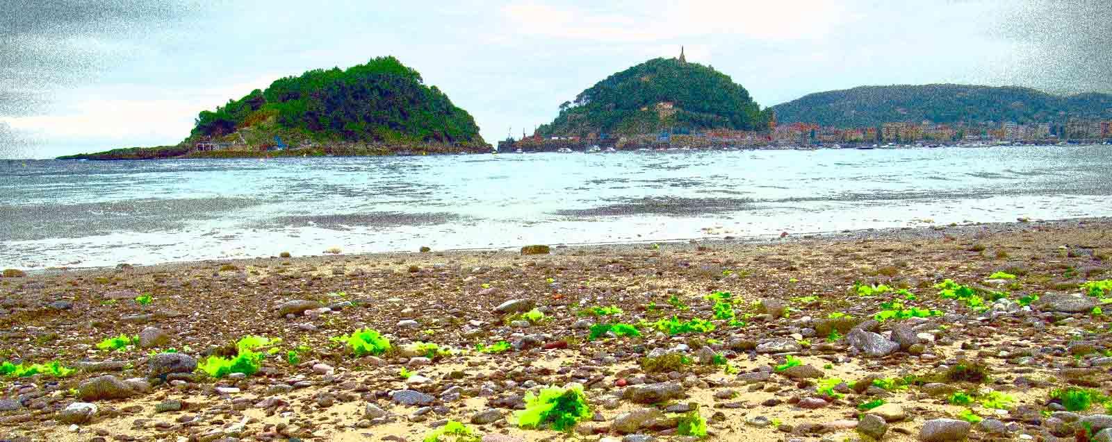 Rafa Marquez. Donostia San Sebastián. Fotos de Las Piedras de la Playa de Ondarreta aplicadas al marketing de guerrilla y los inventos del TBO para quitarlas.