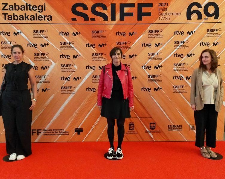 FOTO: De izda. a dcha. Carmen Paez (Ministerio), Rosa García (REDCAU) y Beatriz Navas (MInisterio).